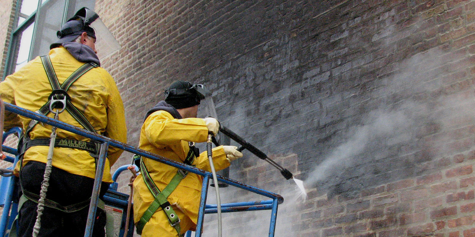 Pressure Cleaning & Graffiti Removal